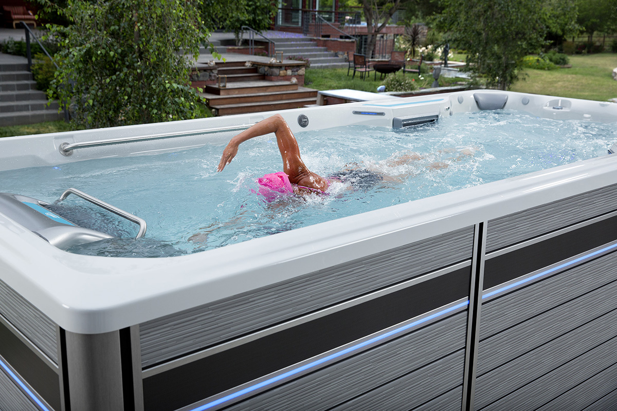 Schwimmen im Endless Pools<sup>®</sup> Fitness System
