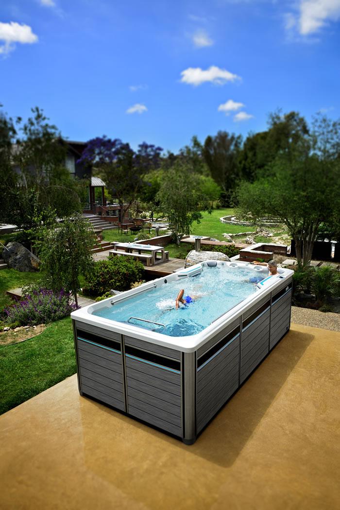 E500 Swim Spa | Endless Pools